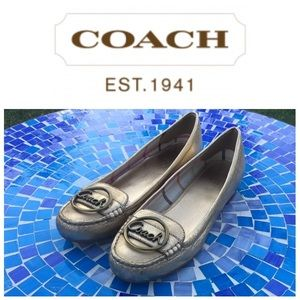 LIKE NEW!  Coach 'Corena' patent metallic flat 8.5